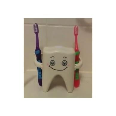"""Dainuojantis dantų priežiūros bičiulis """"Kajus"""" 3"""