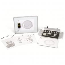 Optikos įrangos rinkinys su stendu lazeriui