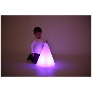 Sensorinė šviečianti piramidės forma