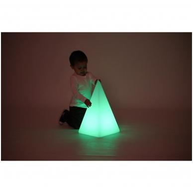 Sensorinė šviečianti piramidės forma 2