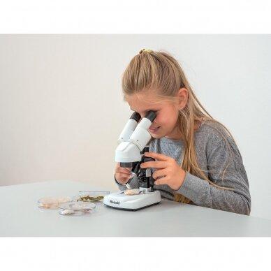 Stereo mikroskopas 2